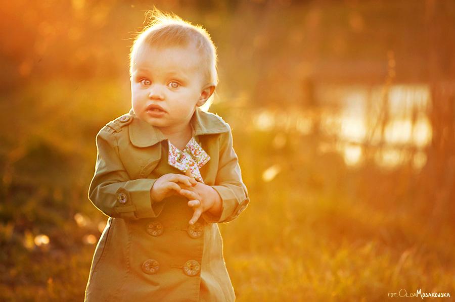 Portret dziewczynki - zdjęcie w plenerze w okolicach Olsztyna.