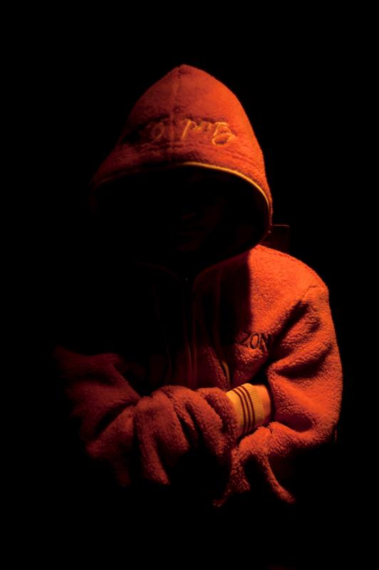 Projekt fotograficzny - Portret bez twarzy. Zdjęcie dziecka w warunkach domowych (Olsztyn).